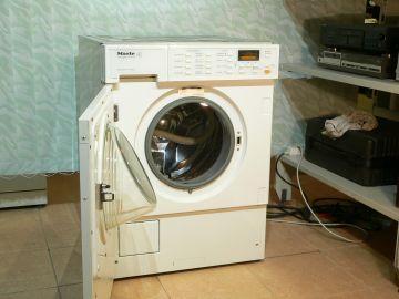 Pračka Miele W 2659 softronic, voštinový buben, 1600 otáček na 6 kg